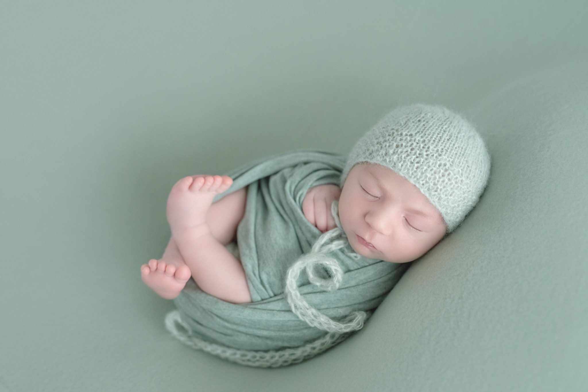 photo artistique nouveau-né bébé vert pomme garçon lot-et-garonne marmande tonneins virazeil