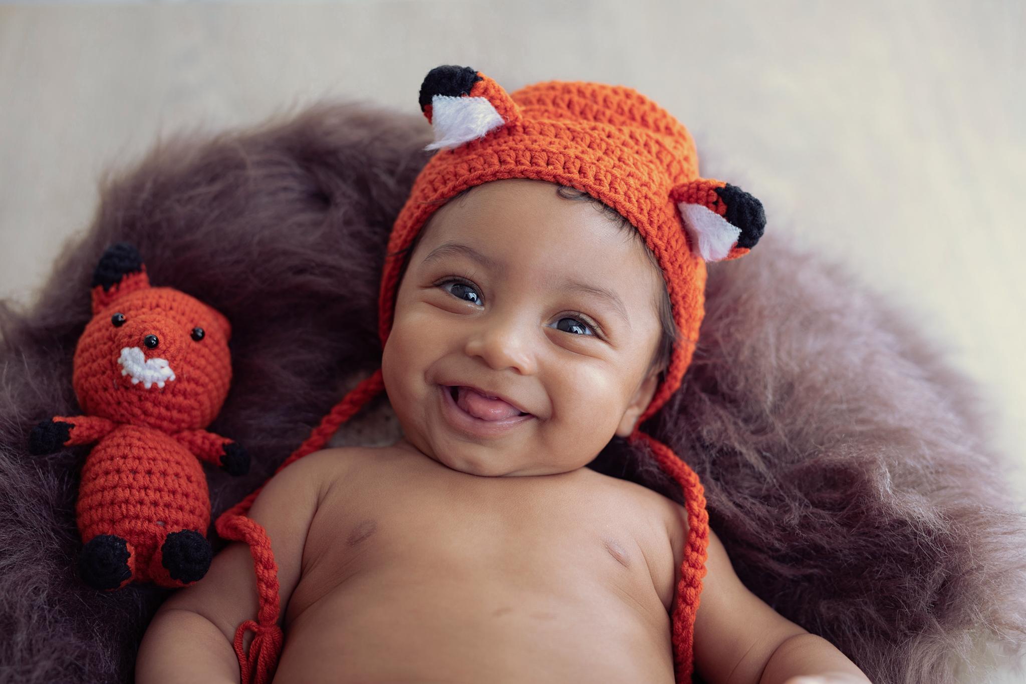 photo artistique bébé nouveau-né lot-et-garonne marmande tonneins virazeil sourire