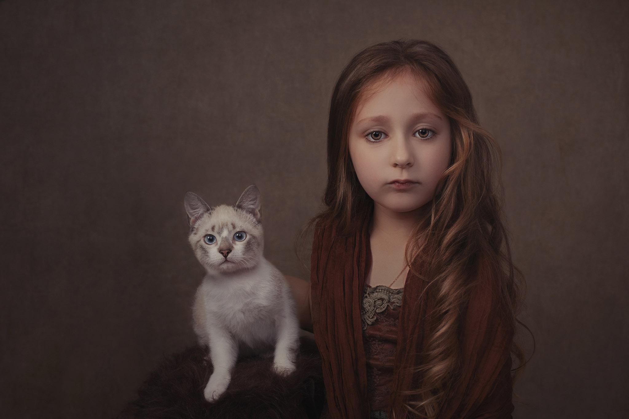 petite fille fine-art tableau chat blanc photo portrait studio lot-et-garonne marmande tonneins virazeil
