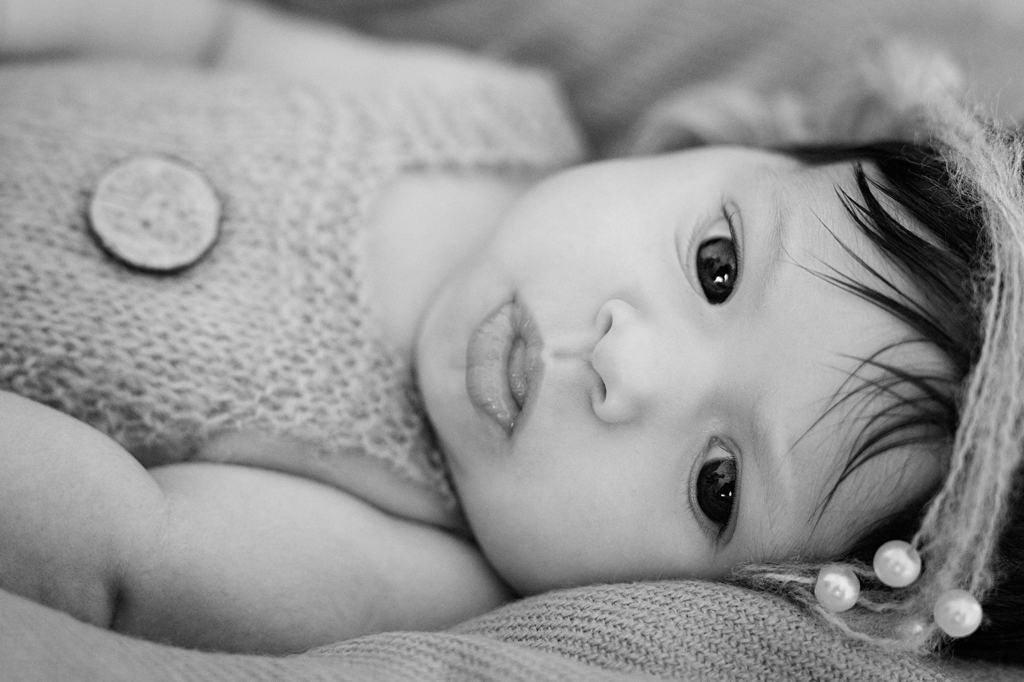 photo artistique nouveau-né bébé fille lot-et-garonne marmande tonneins virazeil